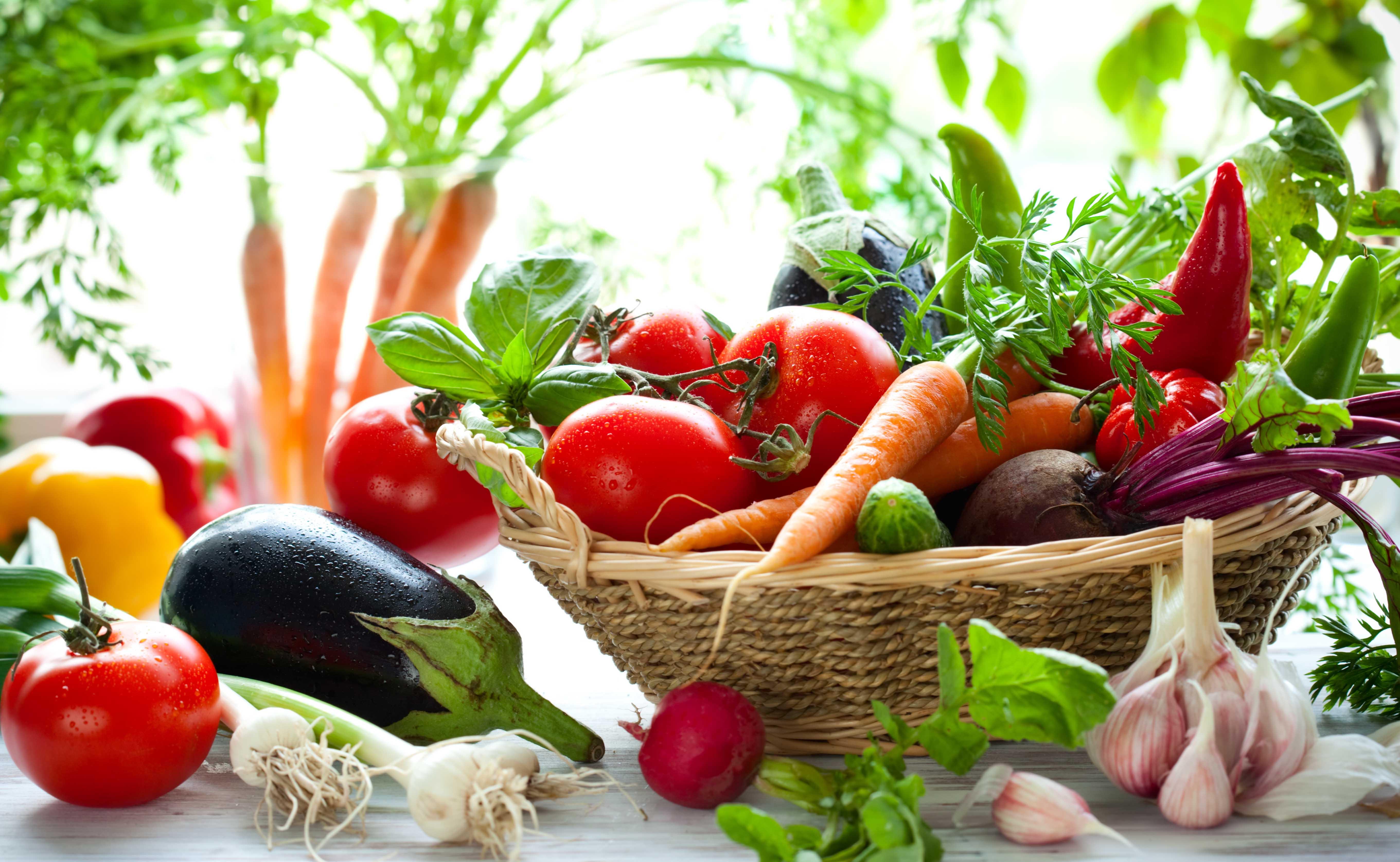 Ernährung gegen Falten: Diese Lebensmittel gegen Falten ...